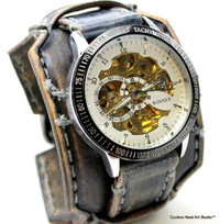 M16 Distressed Gray Steampunk Watch