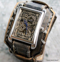 M16 Gray leather cuff with rectangular steampunk watch