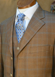 Special Offer - Limited Edition Light Weight 3 Piece Suit 38 (EU 48)
