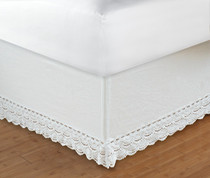 "Crochet Bedskirt Queen - 18"" DROP"