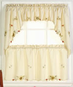 Sunflowers yellow kitchen curtain from Lorraine Home Fashions