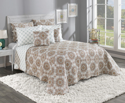 Trina Quilted Bedspread - Cafe