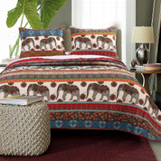 Kandula Quilt Set from Greenland Home Fashions