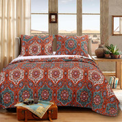 Sofia Quilt Set from Greenland Home Fashions