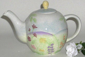 Hues N Brews 7 - 8 cup ceramic teapot