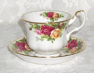 Royal Albert 'Old Country Roses' Bone China cup and saucer