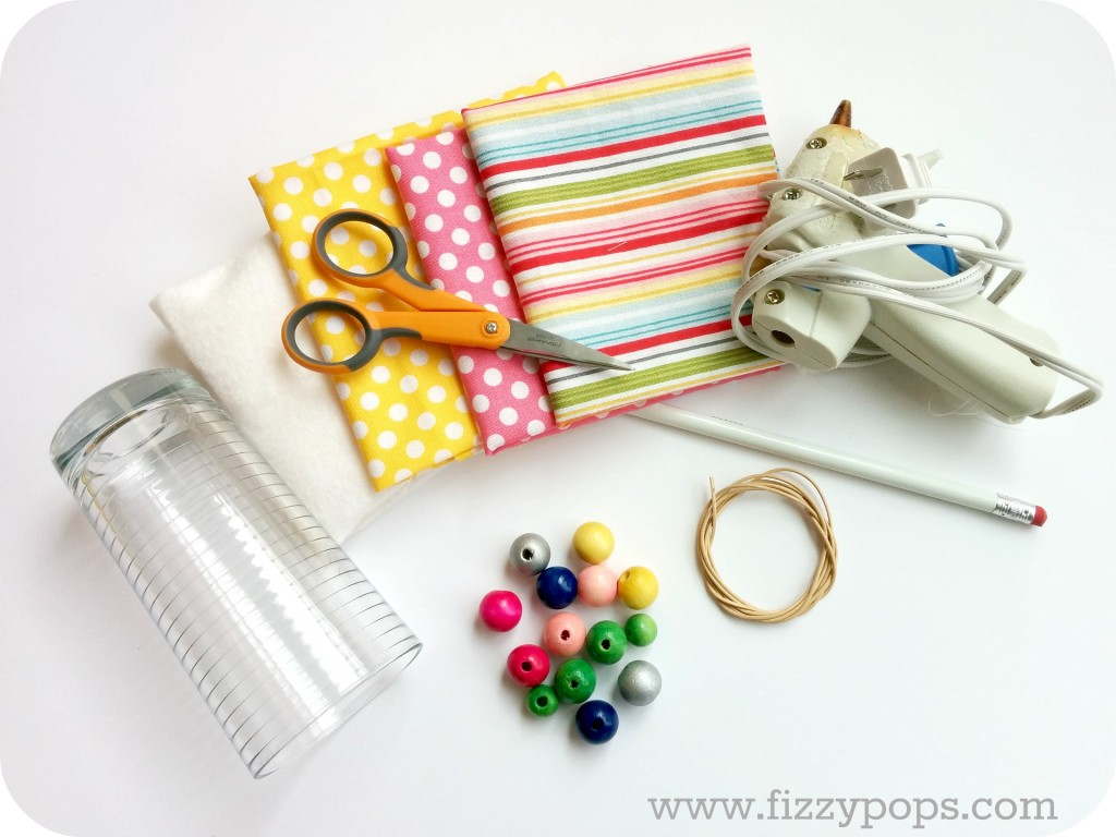diy-easter-spring-wood-bead-kids-necklace-fizzypops.com