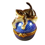 Limoges Imports Cat On Blue Yarn Limoges Box
