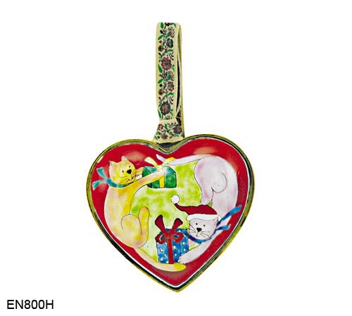 EN800H Kelvin Chen Cats with Presents Heart Enamel Ornament