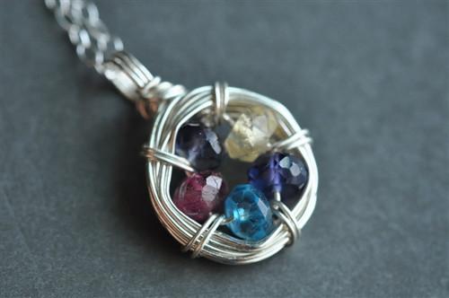 FAMILY NEST mother's / grandmother's birthstone necklace 5 stones genuine gemstones