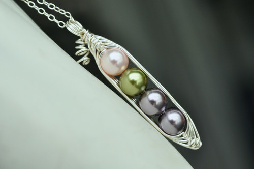 custom birthstone color pearl pea pod necklace - muyinjewelry.com