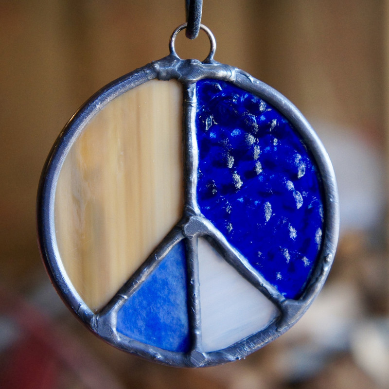 Stained Glass Peace Sign 30
