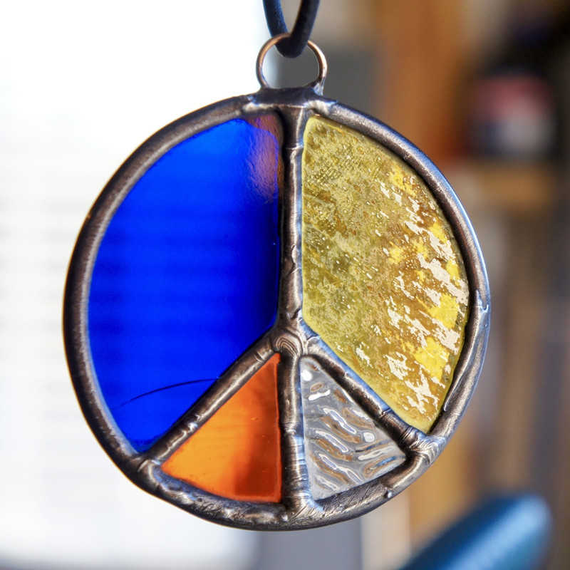 Stained Glass Peace Sign 54