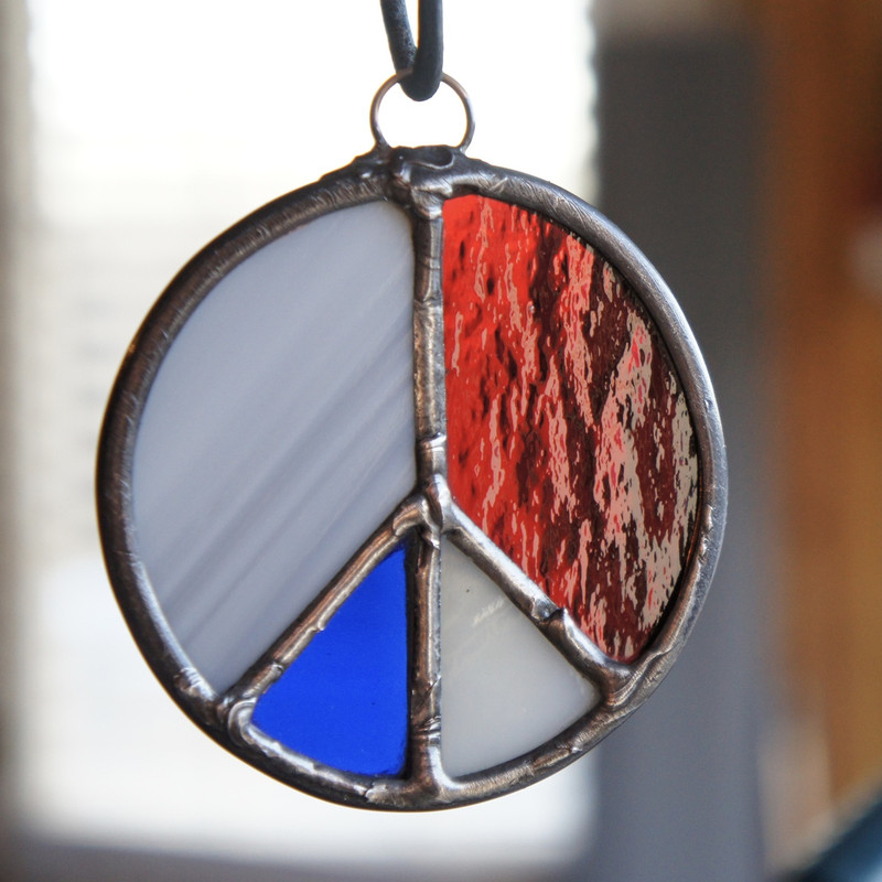 Stained Glass Peace Sign 64