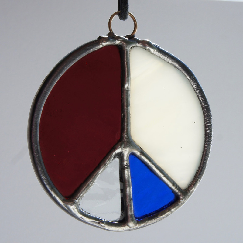 Stained Glass Peace Sign 94