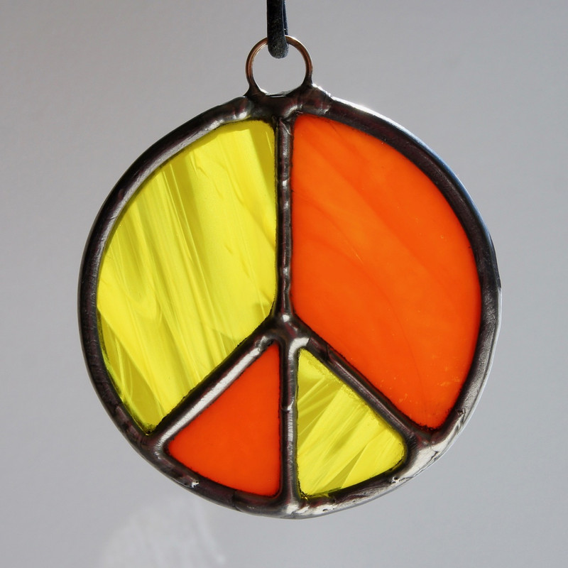 Stained Glass Peace Sign 116