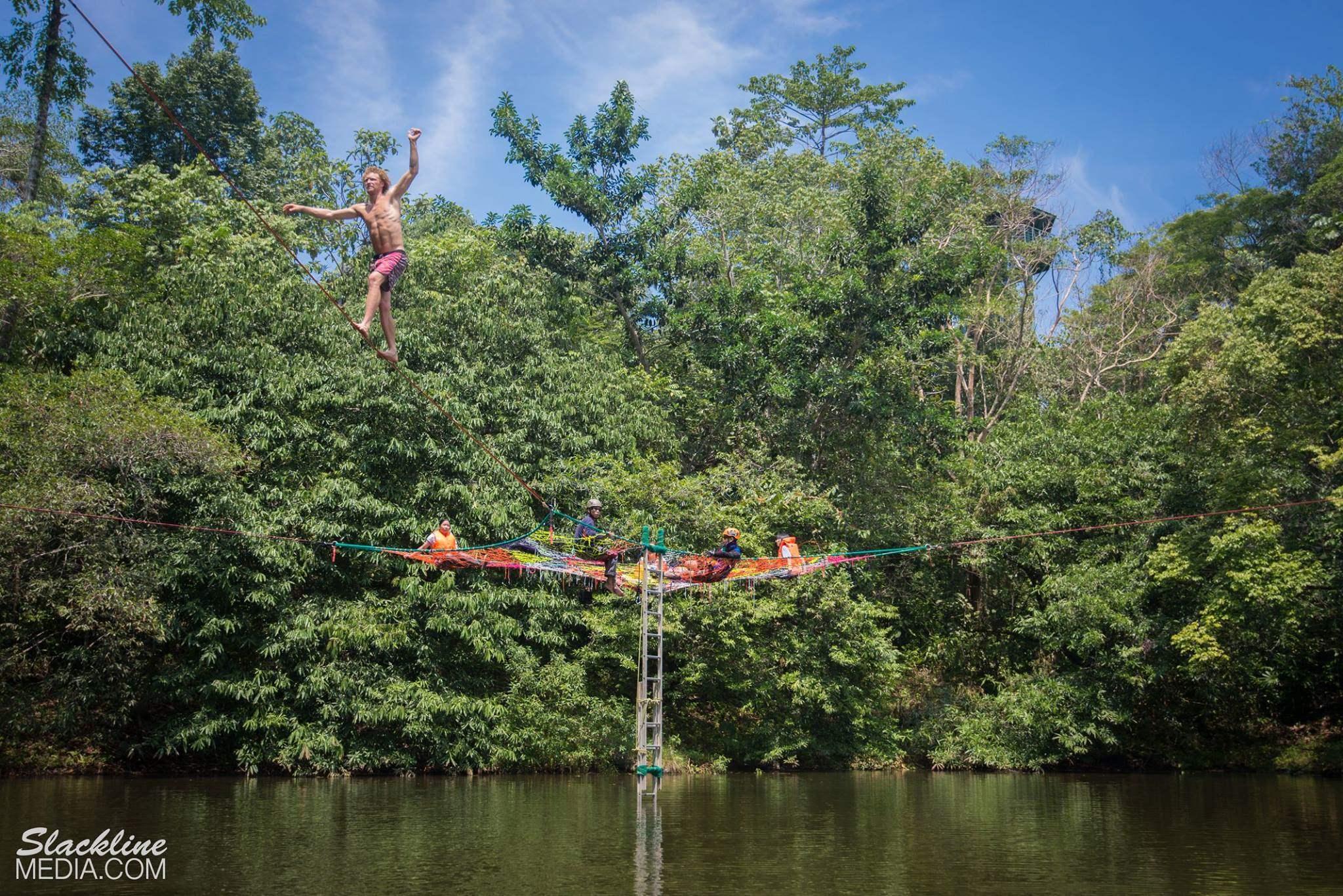 rainforest-discovery-centre-sandakan-in-borneo-3-.jpg