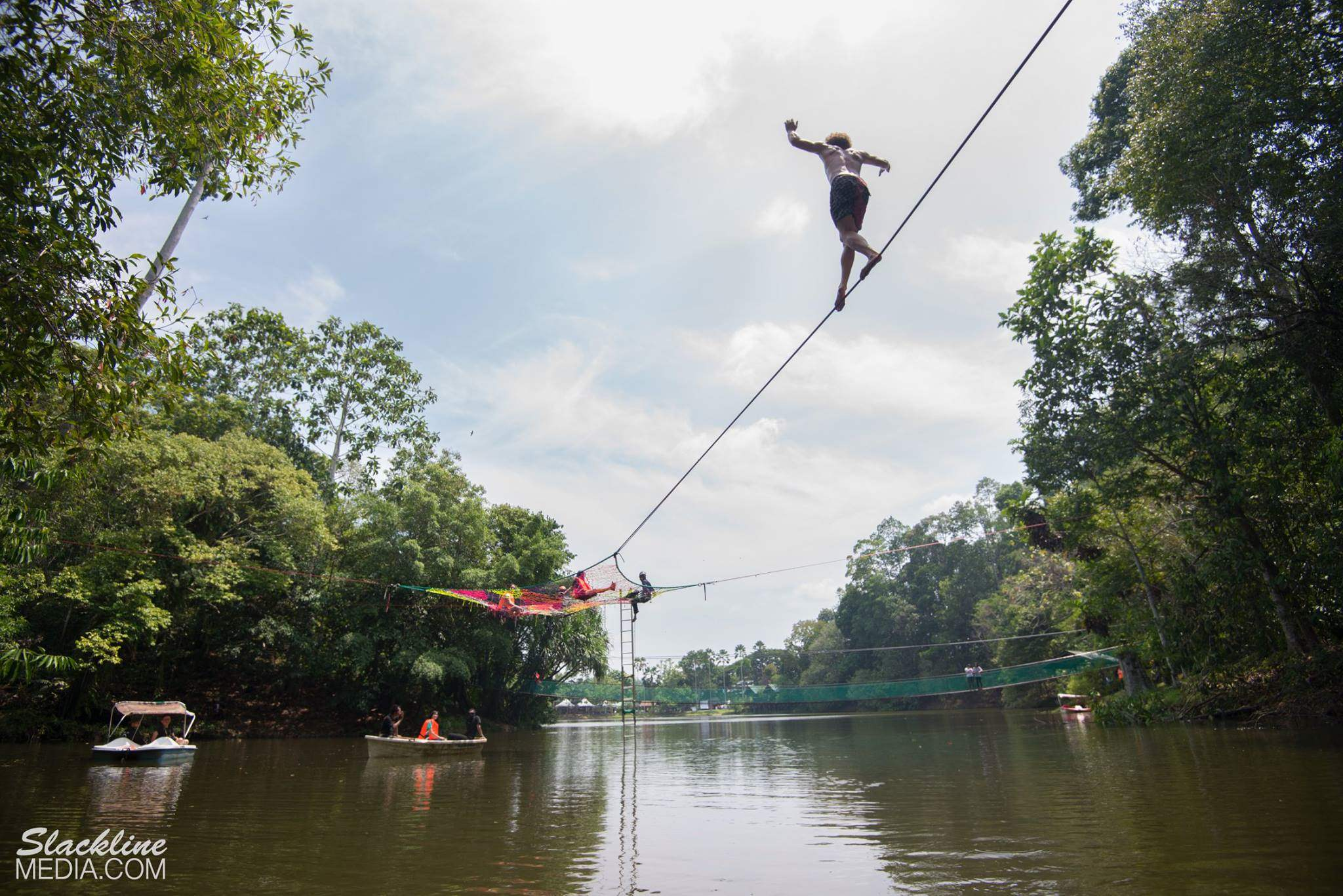 rainforest-discovery-centre-sandakan-in-borneo-4-.jpg