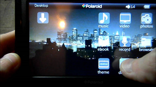 "polaroid 7"" digital media player touch screen  pmp700-4"