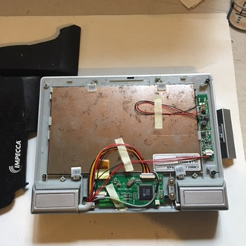 """Impecca 7"""" TFT LCD Widescreen Portable Player DVD - Model DVP722 (Does Not Work - For Parts ONLY)"""