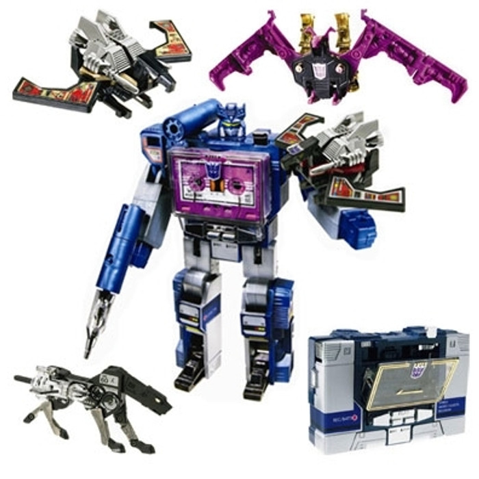 Universe Soundwave SDCC Exclusive
