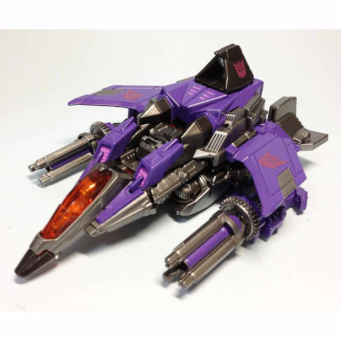 TG18 - Fall of Cybertron Skywarp (Takara)