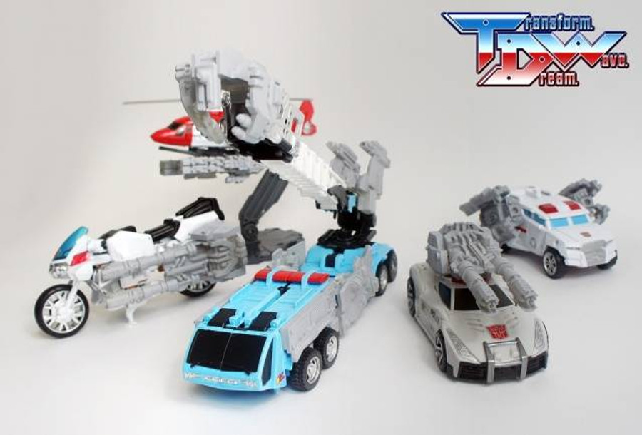 Transform Dream Wave - TCW-02 Defensor Add-On Set