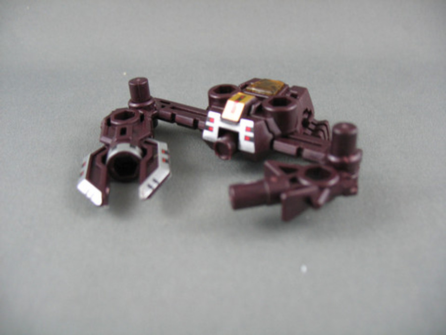 AM-13 Decepticon Knockout with Micron Arms