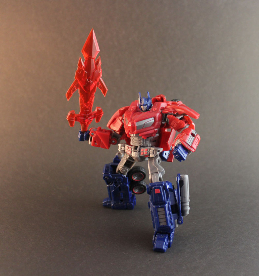 RW-012A - Renderform Translucent Red Fire Hawk Saber (Exclusive to Ages Three and Up)