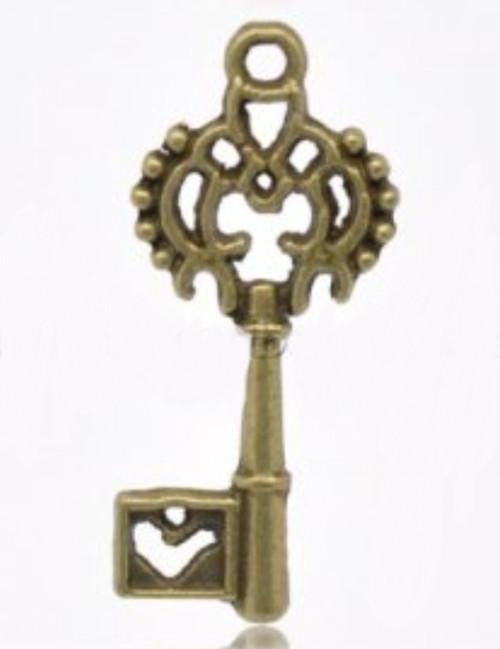 Pendant Charm Antique Bronze Key 3 Pieces