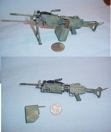 Miniature 1/6 S.A.W. squad automatic weapon