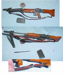 Miniature 1/6 WW2 German FG42 semi auto Rifle w/scope