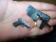 Miniature 1/6 Scale Glock 17 W/holster