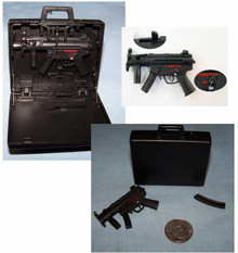 Miniature 1/6 Scale Assualt Machine Gun in Suitcase #2