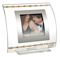 Picture Frame W. Gold Links