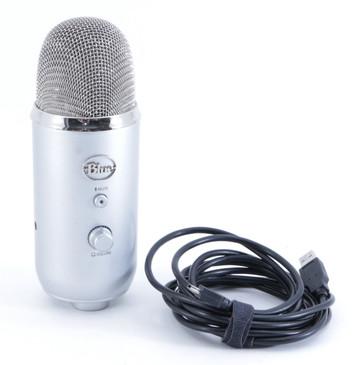 Blue Yeti Condenser Multi-Pattern Microphone MC-2389