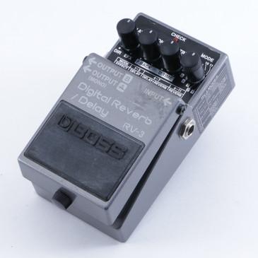 Boss RV-3 Digital Reverb / Delay Guitar Effects Pedal P-04624