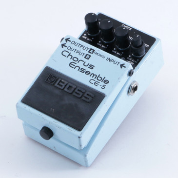Boss CE-5 Chorus Ensemble Guitar Effects Pedal P-04626