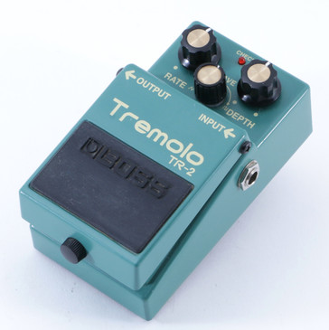 Boss TR-2 Tremolo Guitar Effects Pedal P-04824
