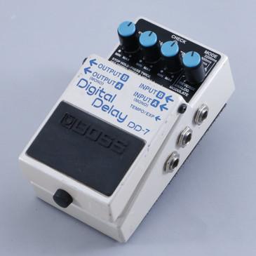 Boss DD-7 Digital Delay Guitar Effects Pedal P-05249