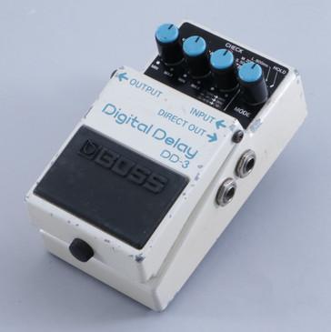 Boss DD-3 Digital Delay Guitar Effects Pedal P-05245
