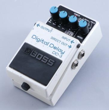 Boss DD-3 Digital Delay Guitar Effects Pedal P-05251
