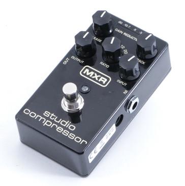 MXR M76 Studio Compressor Guitar Effects Pedal P-05650