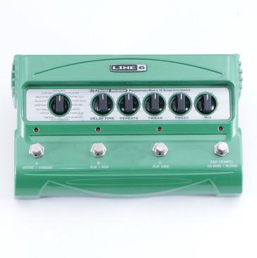 Line 6 DL4 Delay Modeler Guitar Effects Pedal P-05872