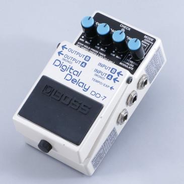 Boss DD-7 Digital Delay Guitar Effects Pedal P-05848
