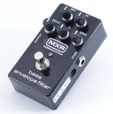 MXR M82 Bass Envelope Filter Auto-Wah Guitar Effects Pedal P-05856