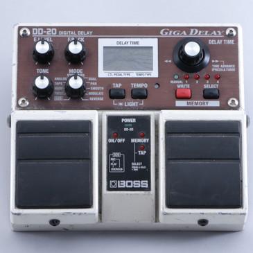 Boss DD-20 Giga Delay Guitar Effects Pedal P-05910
