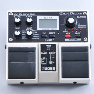 Boss DD-20 Giga Delay Guitar Effects Pedal P-05909