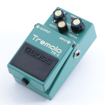 Boss TR-2 Tremolo Guitar Effects Pedal P-05952