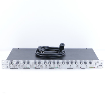 Focusrite Platinum Voicemaster Vocal Rack Effects Unit & Power Supply P-06288